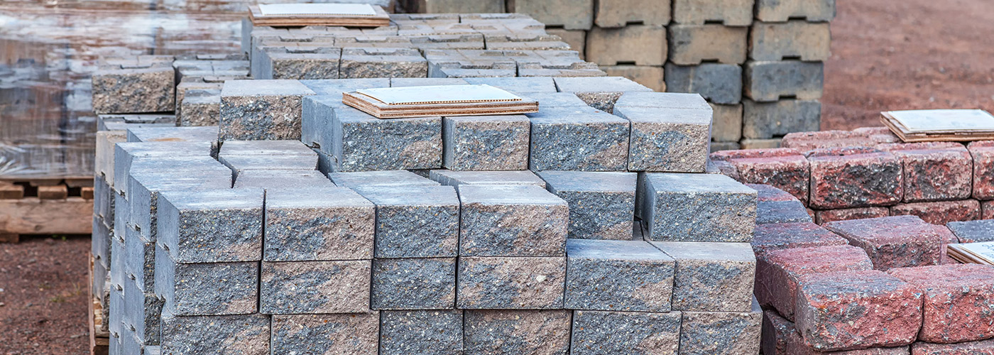Dirt stone and mulch myrtle beach landscaping materials for Landscaping rocks myrtle beach